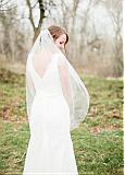 Chic Tulle Short Wedding Veil With Comb
