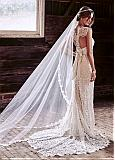 Fabulous Tulle Long Wedding Veil With Lace Appliques